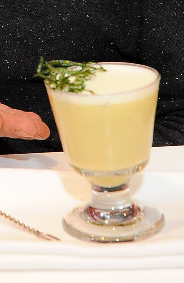 Cocktail Béarnaise von Arpad Nikhazi; Bild: Leonardo Royal Hotel Munich